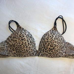 Victoria's Secret No Wire Cheetah 34B Bra